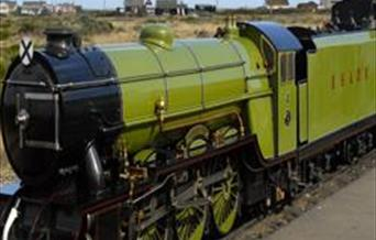 Green Goddess at Dungeness Station
